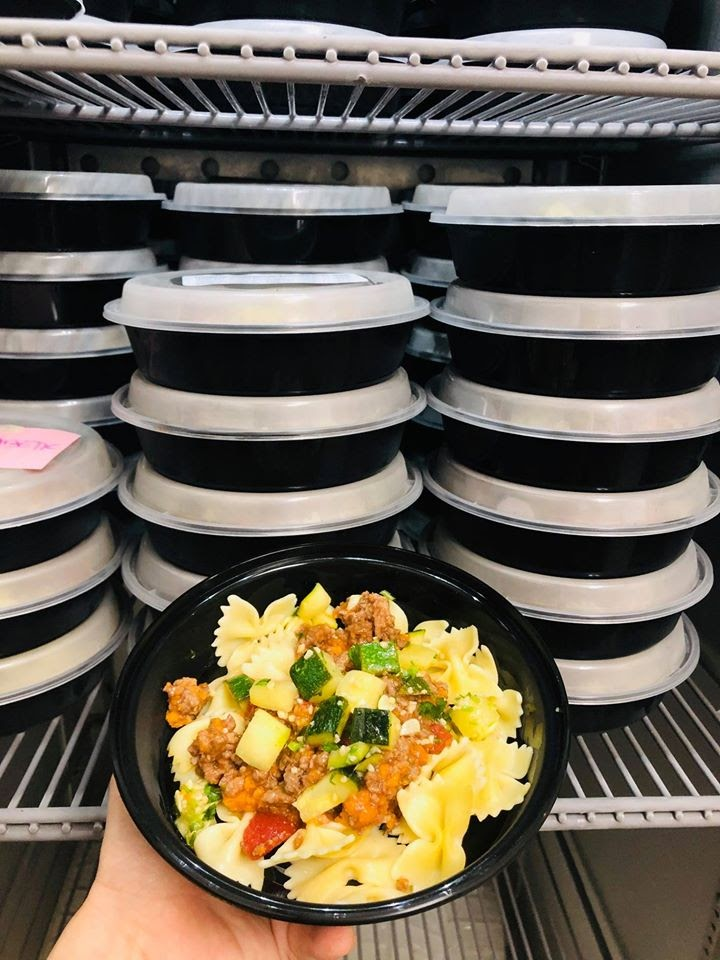 An image of prepared meals from the Gordon Neigbhourhood House kitchen